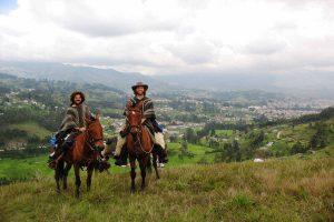 amigos a caballo Cayambe