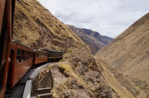 tren tour ecuador